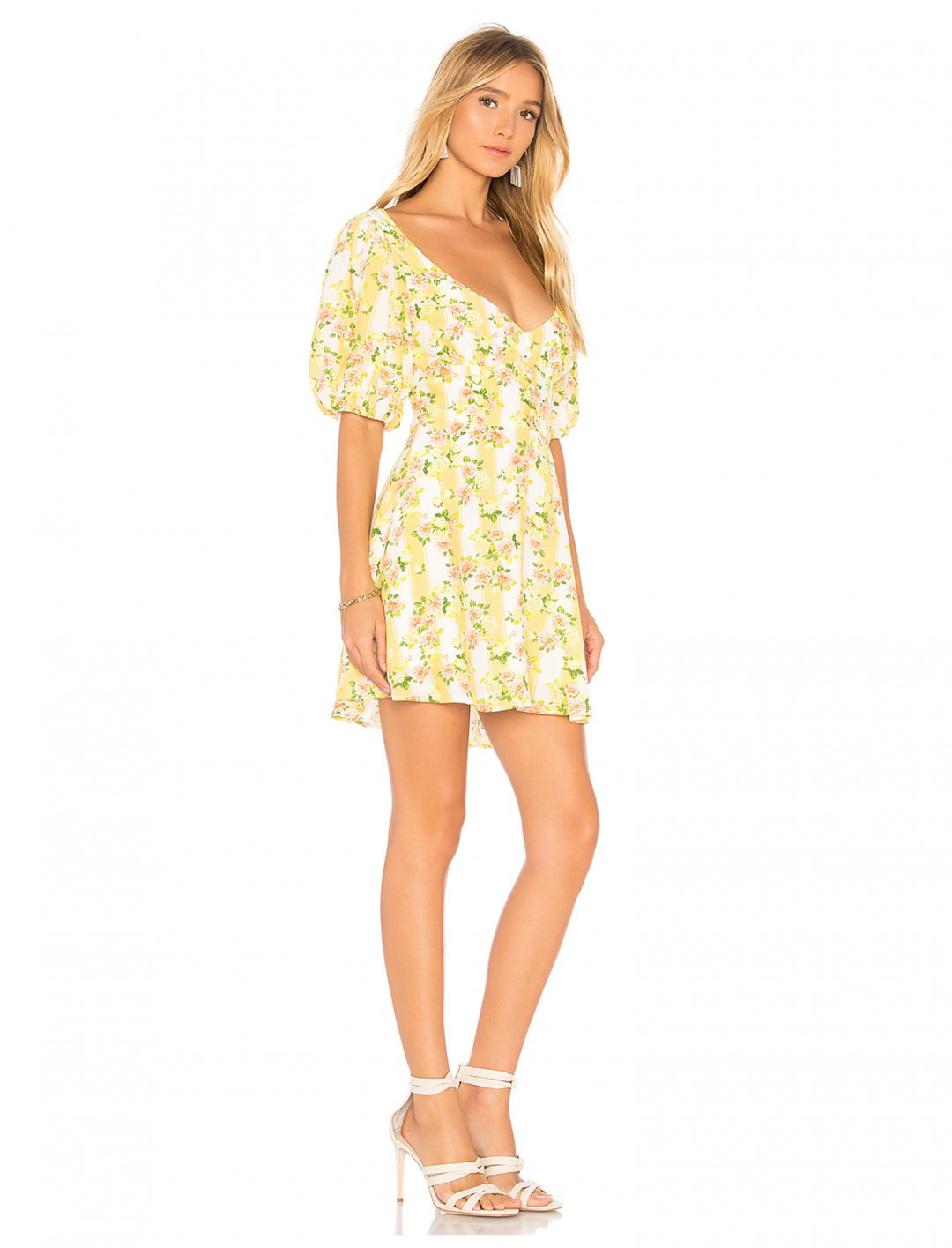 "Camila Cabello's Mini Dress {""id"":5,""product_section_id"":1,""name"":""Clothing"",""order"":5}  For Love & Lemons"