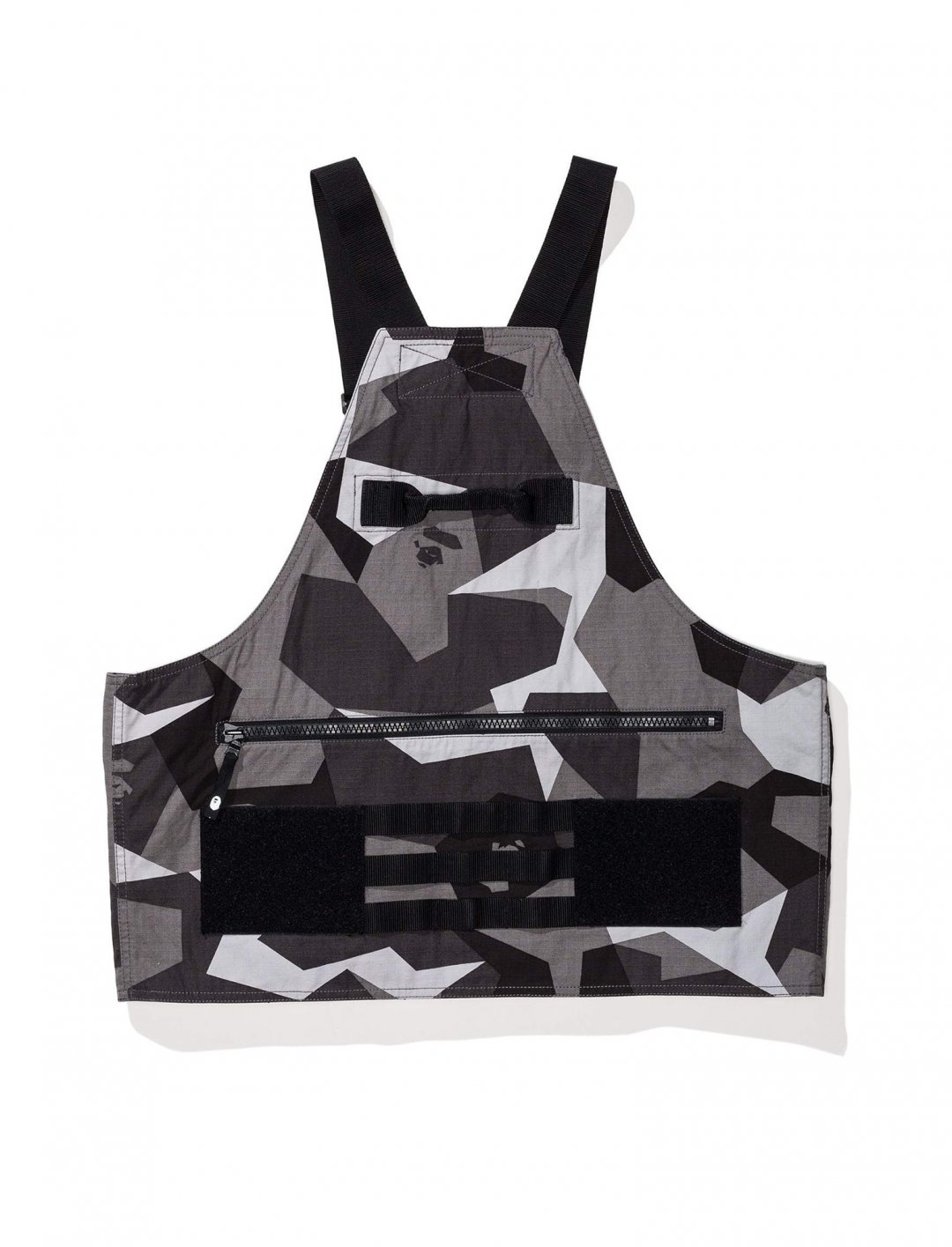 "Chris Brown's Vest {""id"":5,""product_section_id"":1,""name"":""Clothing"",""order"":5} Bape"