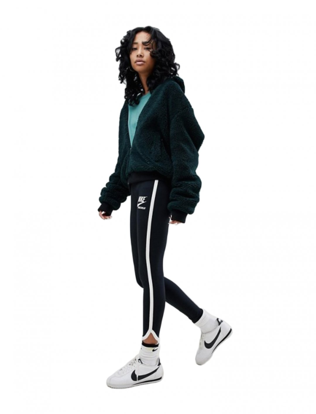 "Leggings In Black {""id"":5,""product_section_id"":1,""name"":""Clothing"",""order"":5} Nike"