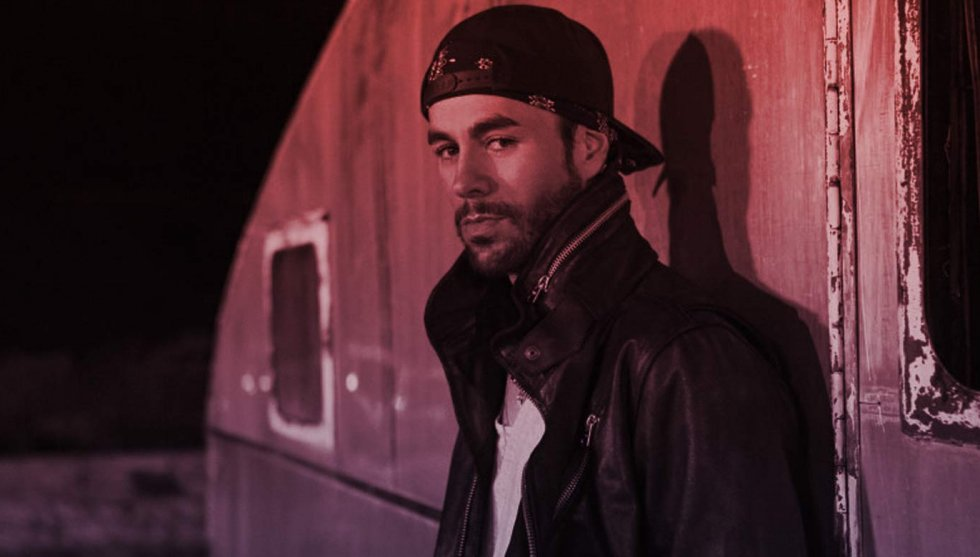 Enrique Iglesias Fashion, Style, Outfits & Clothes from the Music Videos Enrique Iglesias Sony