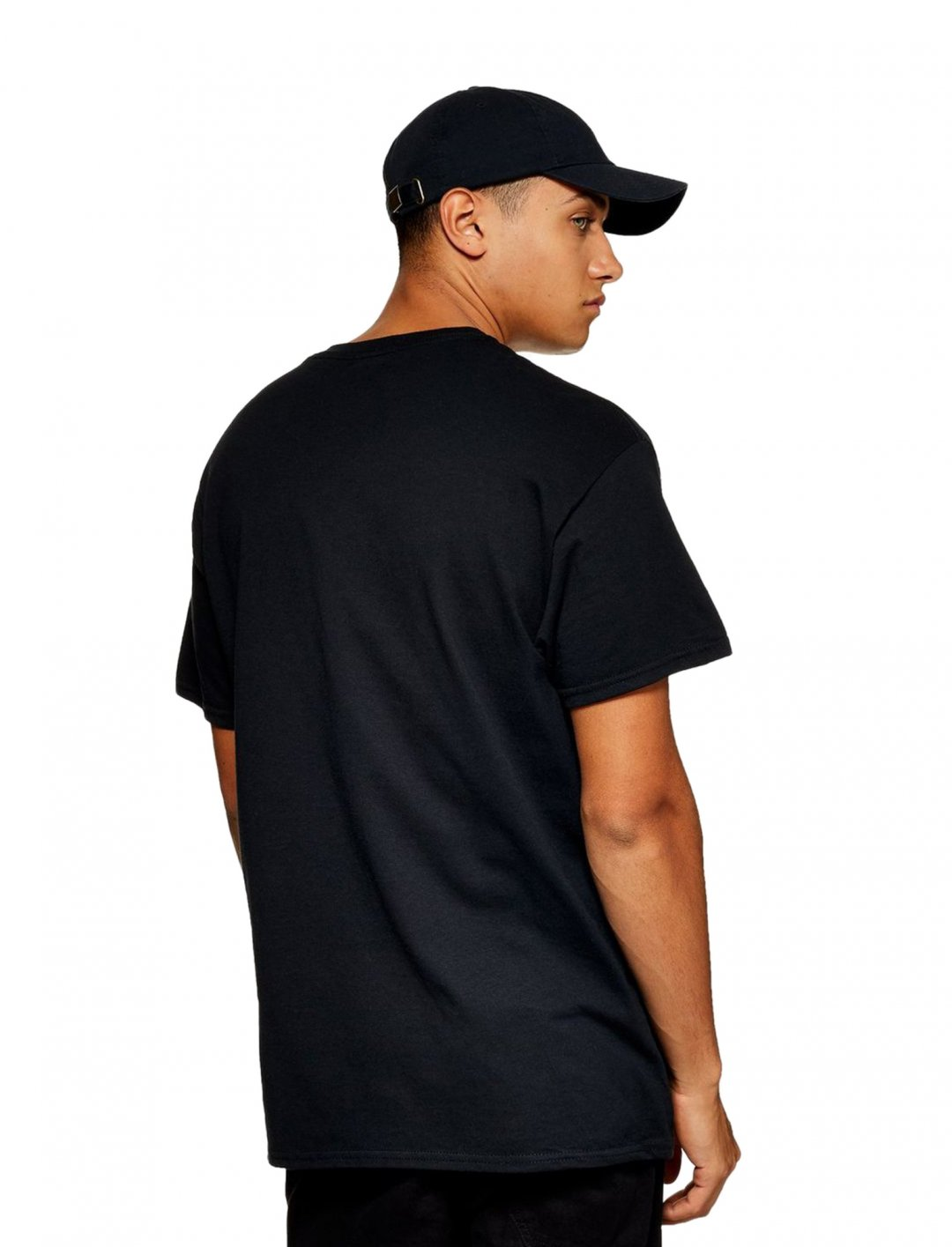 "T-Shirt In Black {""id"":5,""product_section_id"":1,""name"":""Clothing"",""order"":5} Topman"