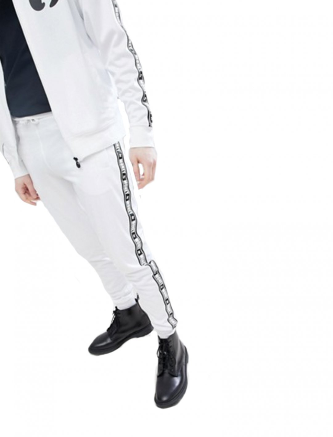 "Track Pants {""id"":5,""product_section_id"":1,""name"":""Clothing"",""order"":5} Money"