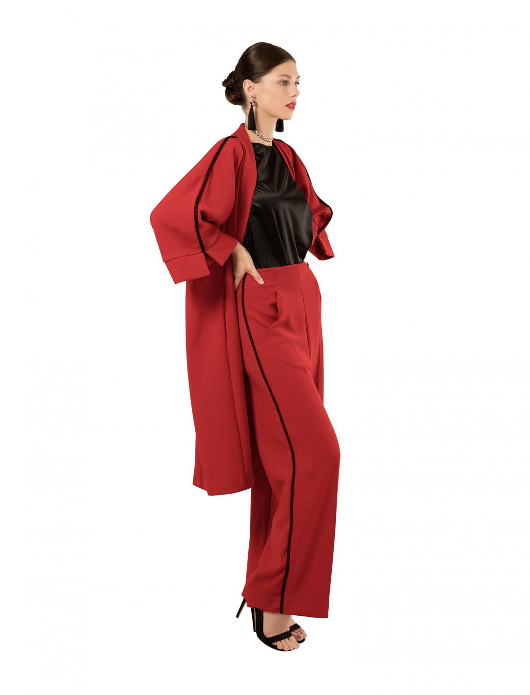 """Kimono Jacket In Red {""""id"""":5,""""product_section_id"""":1,""""name"""":""""Clothing"""",""""order"""":5} Closet London"""