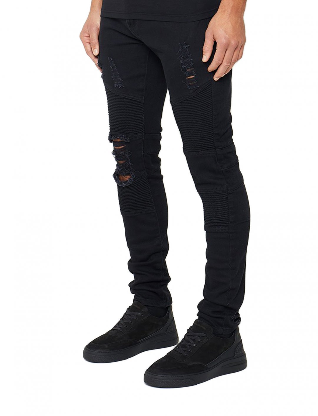 """JAY1' Distressed Jeans {""""id"""":5,""""product_section_id"""":1,""""name"""":""""Clothing"""",""""order"""":5} Maniere De Voir"""