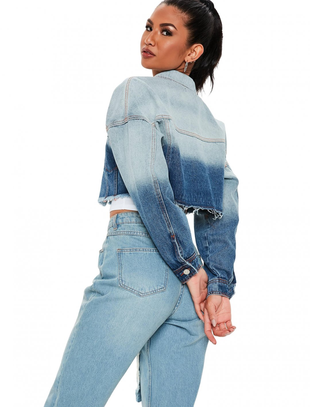 """Cropped Denim Jacket {""""id"""":5,""""product_section_id"""":1,""""name"""":""""Clothing"""",""""order"""":5} Missguided"""