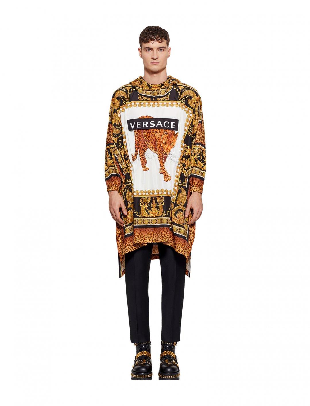 "Mikolas Josef's Hood Jacket {""id"":5,""product_section_id"":1,""name"":""Clothing"",""order"":5} Versace"