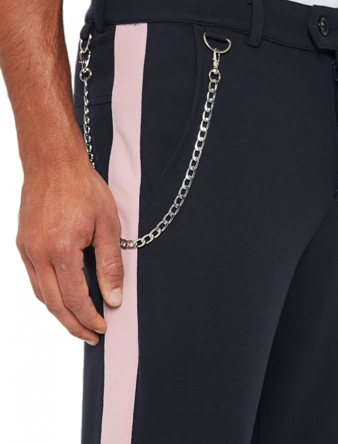 """Trouser With Chain {""""id"""":5,""""product_section_id"""":1,""""name"""":""""Clothing"""",""""order"""":5} Maniere De Voir"""