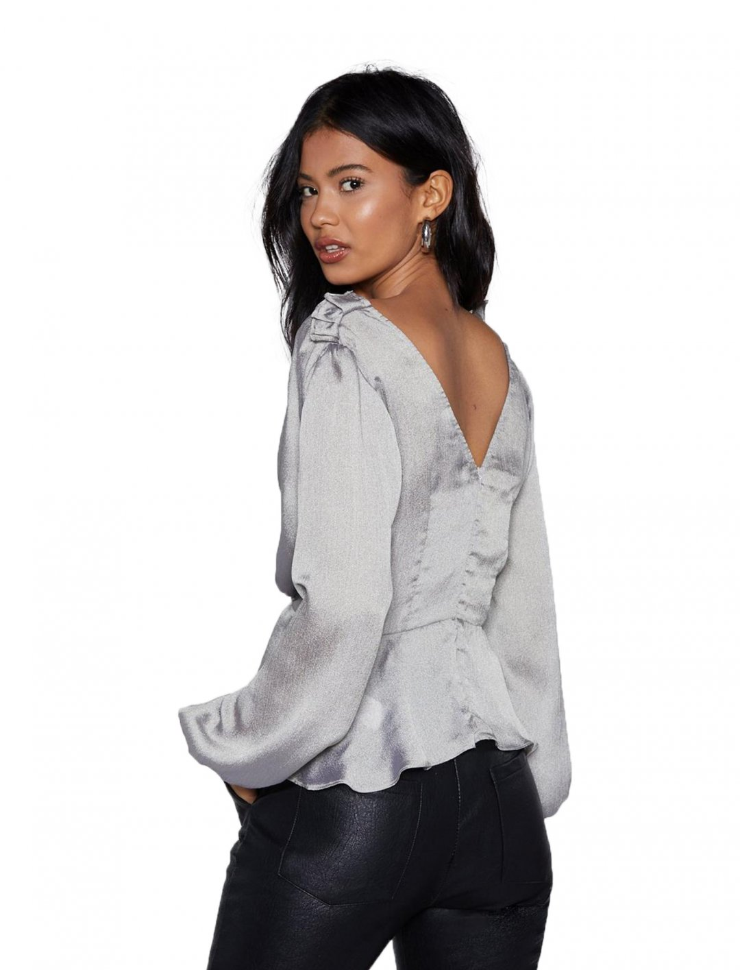 "Satin Top {""id"":5,""product_section_id"":1,""name"":""Clothing"",""order"":5} Nasty Gal"