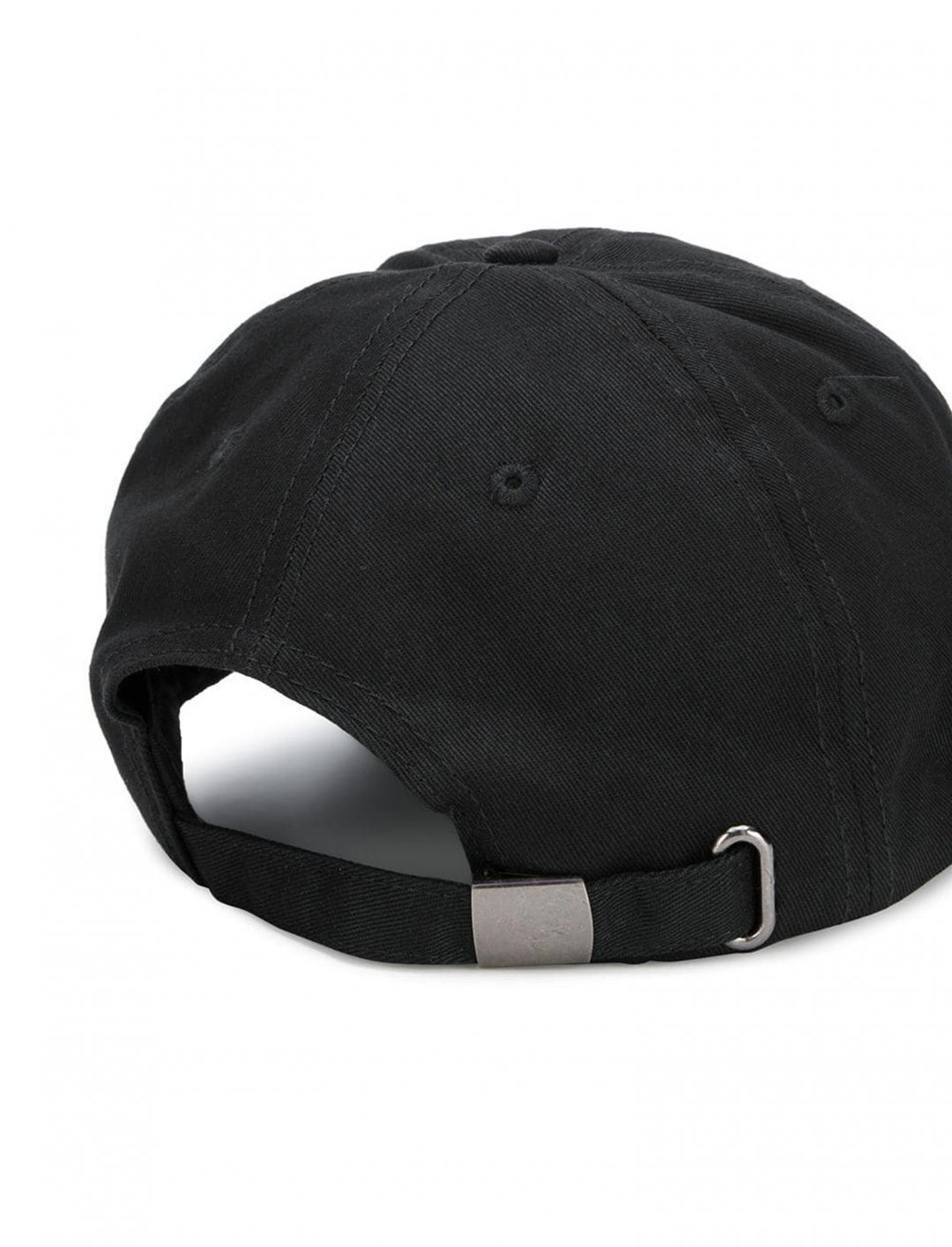 "Logo Cap {""id"":16,""product_section_id"":1,""name"":""Accessories"",""order"":15} OMC"