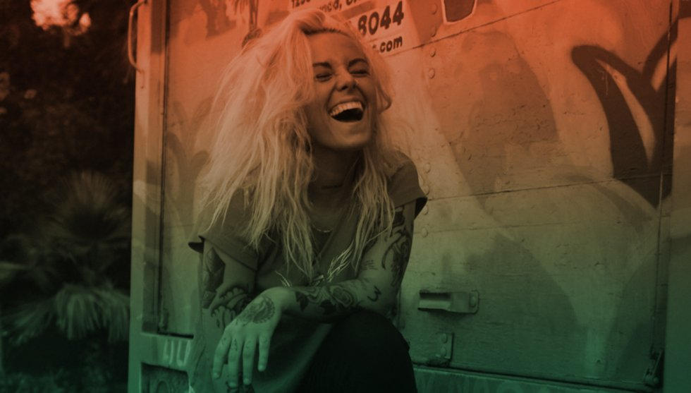 Lauren Sanderson Style, Fashion, Outfits and Clothes - Shut Em Up Lauren Sanderson Epic Records