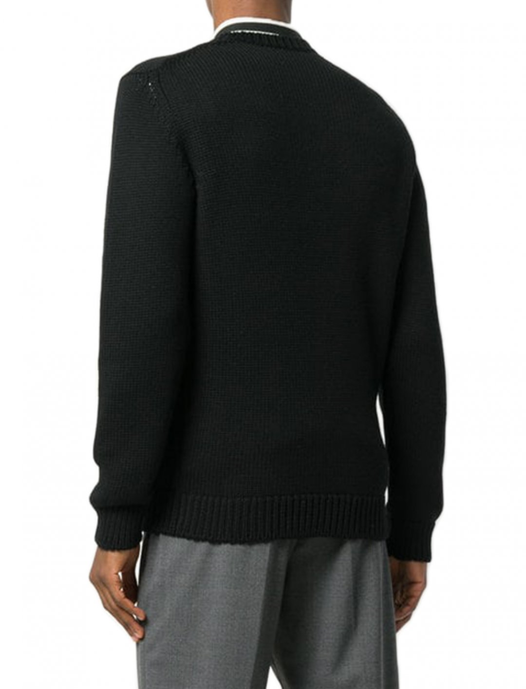"Headie One's Sweater {""id"":5,""product_section_id"":1,""name"":""Clothing"",""order"":5} Fendi"