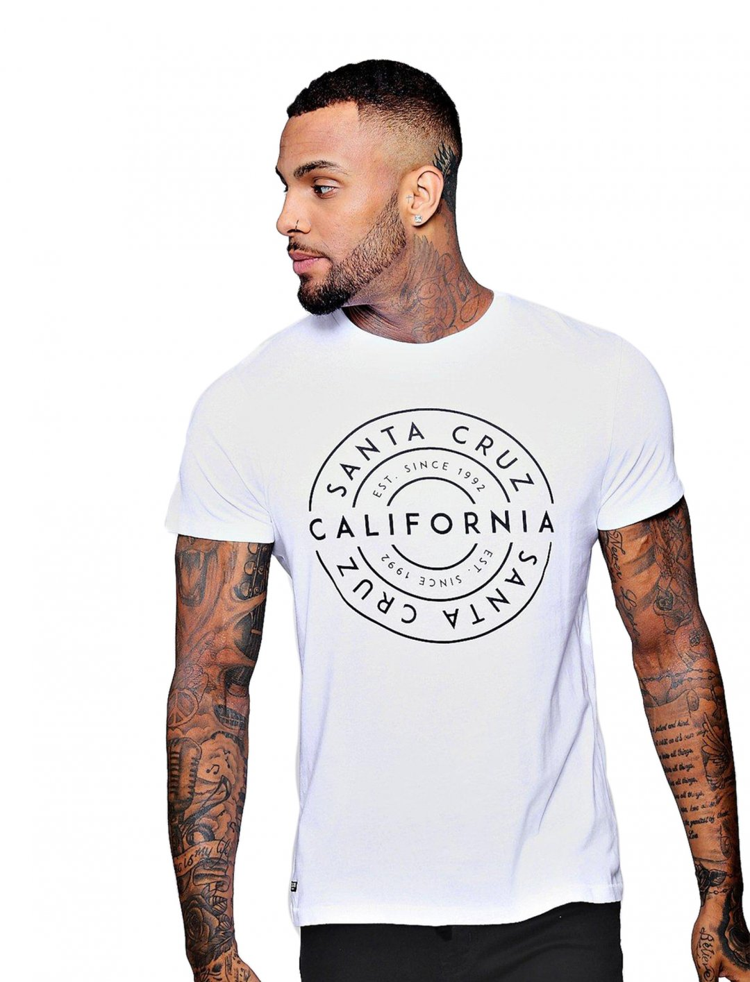 "T-Shirt {""id"":5,""product_section_id"":1,""name"":""Clothing"",""order"":5} boohoo"