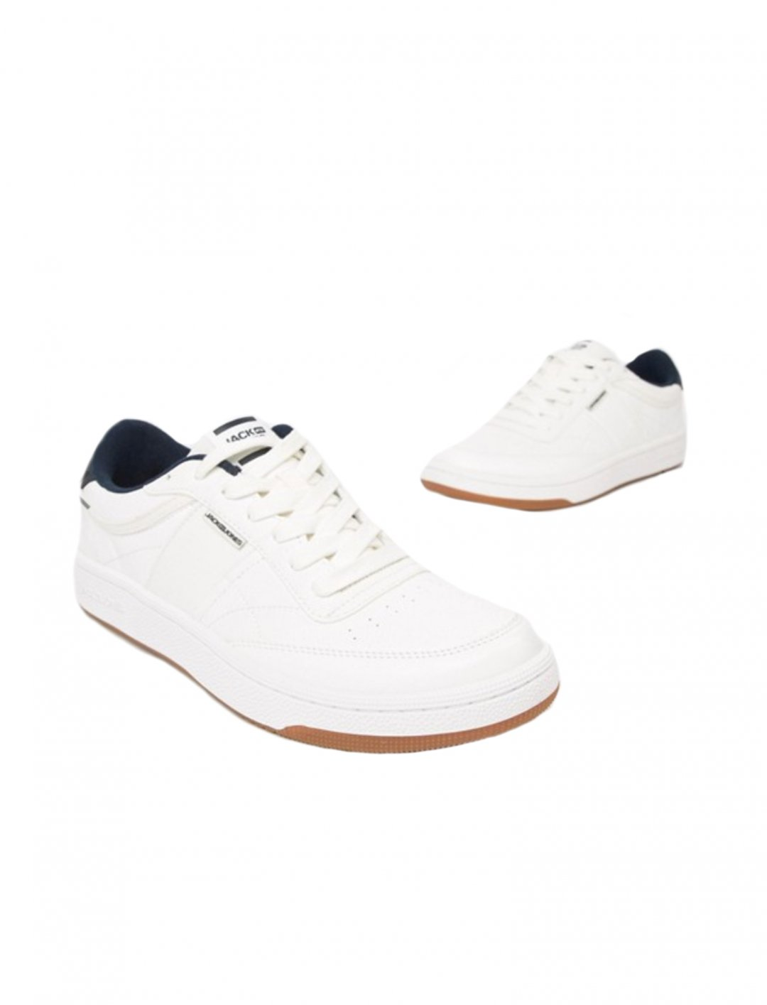 "Trainers {""id"":12,""product_section_id"":1,""name"":""Shoes"",""order"":12} Jack & Jones"