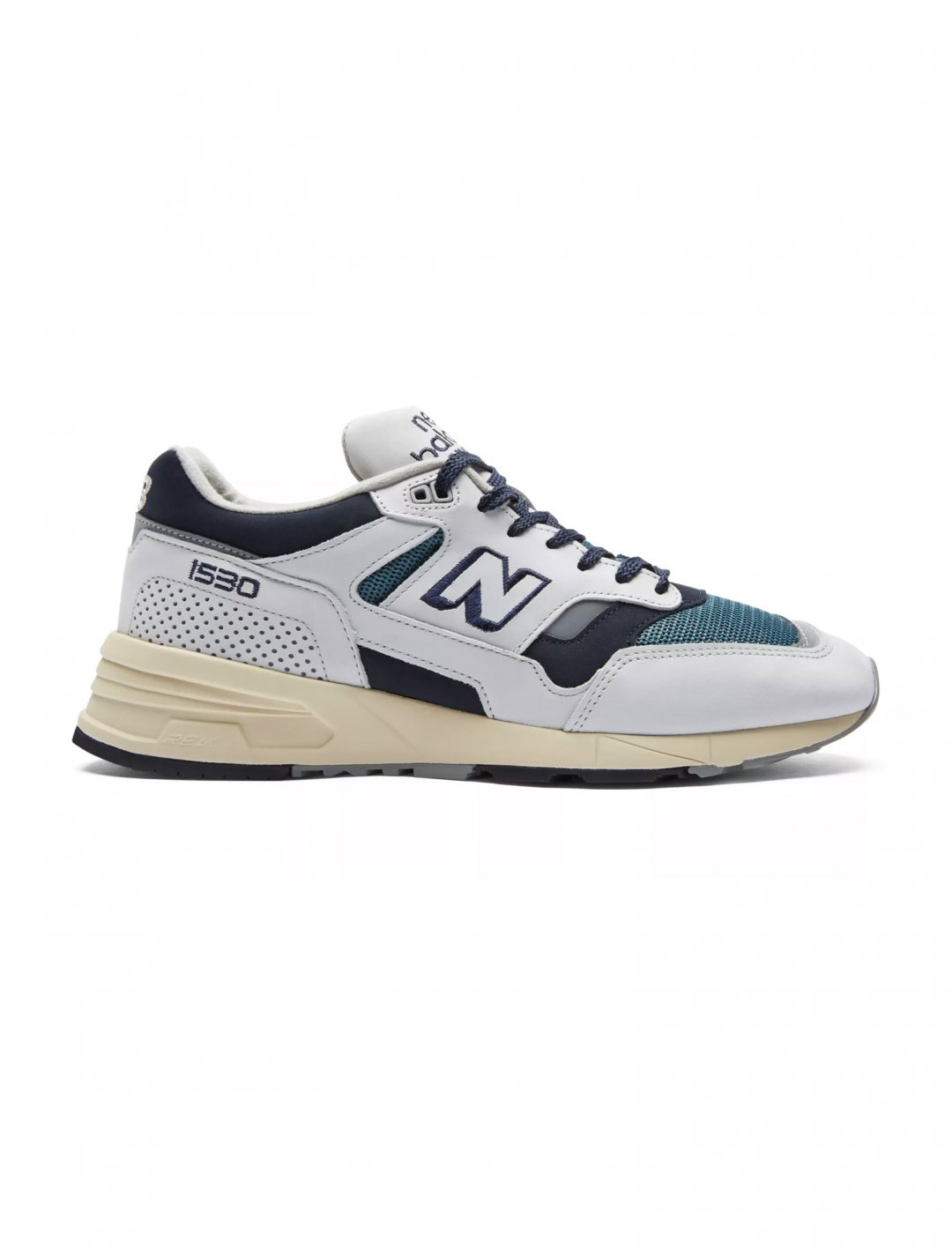 "1530 Shoes {""id"":12,""product_section_id"":1,""name"":""Shoes"",""order"":12} New Balance"