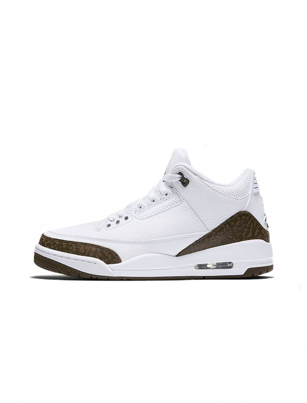 "Air Jordan 3 Retro {""id"":12,""product_section_id"":1,""name"":""Shoes"",""order"":12} Jordan"