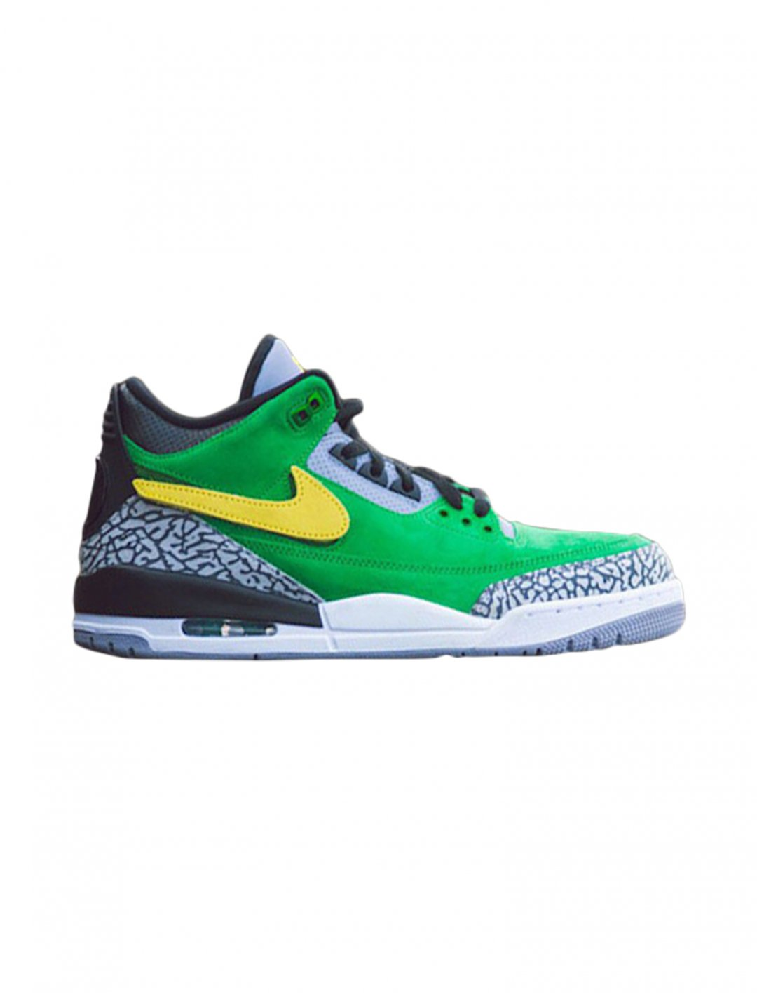 "Air Jordan 3 Retro 'Tinker - Oregon Ducks' {""id"":12,""product_section_id"":1,""name"":""Shoes"",""order"":12} Jordan"
