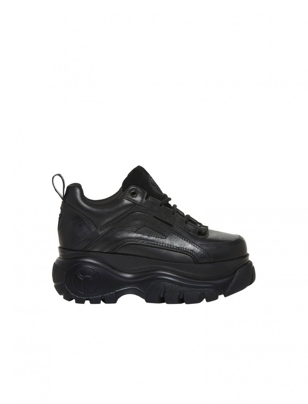 "Chunky Sneakers {""id"":12,""product_section_id"":1,""name"":""Shoes"",""order"":12} Windsor Smith"