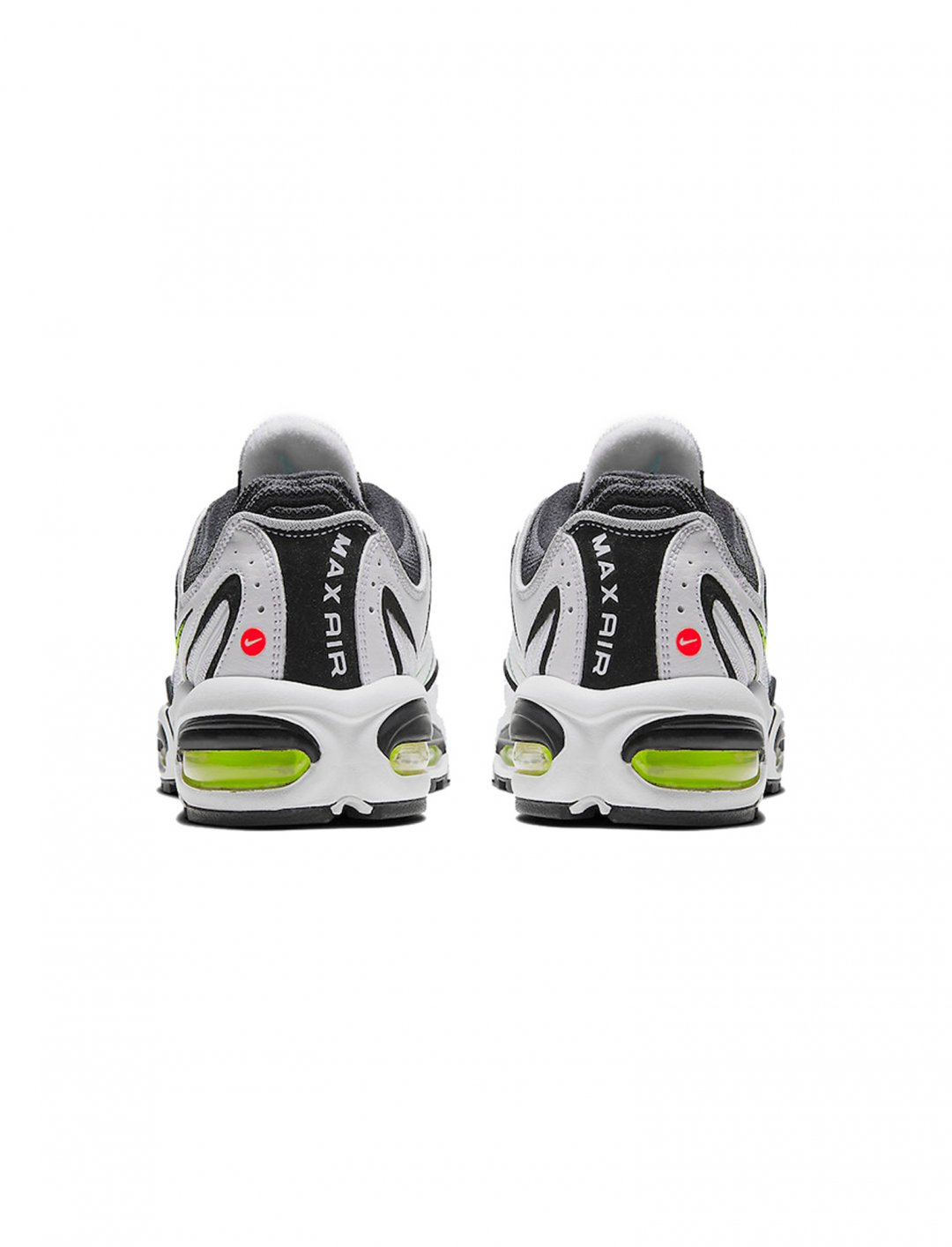 "Air Max Tailwind IV {""id"":12,""product_section_id"":1,""name"":""Shoes"",""order"":12} Nike"