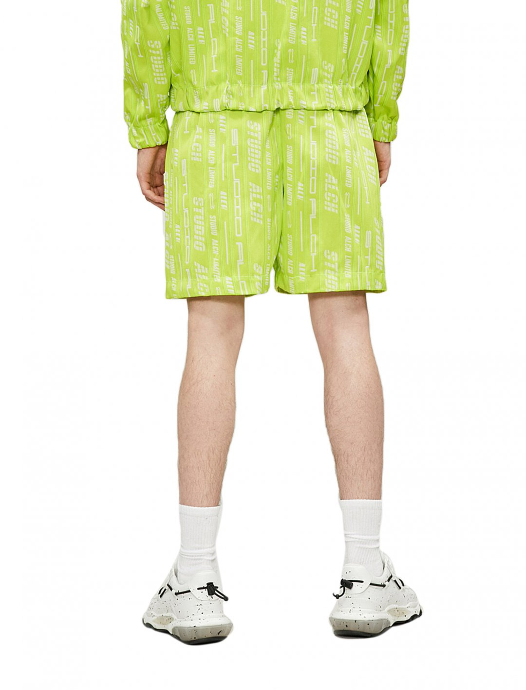 "Logo Print Shorts {""id"":5,""product_section_id"":1,""name"":""Clothing"",""order"":5} Studio Alch"