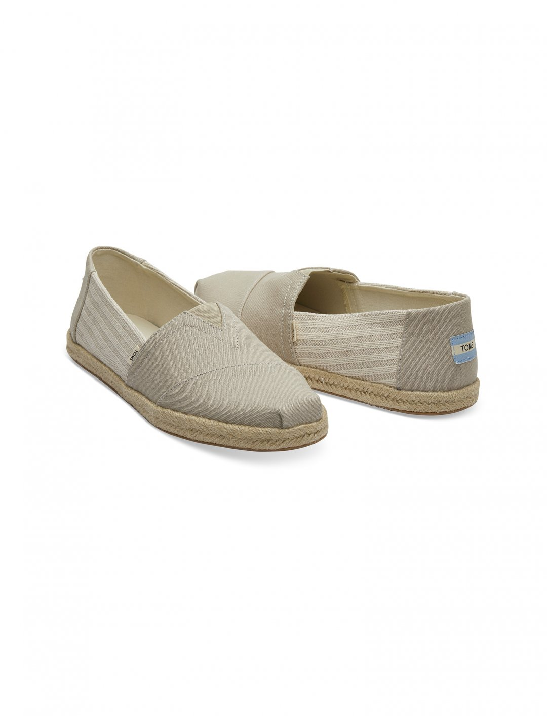 "Men's Espadrilles {""id"":12,""product_section_id"":1,""name"":""Shoes"",""order"":12} Toms"