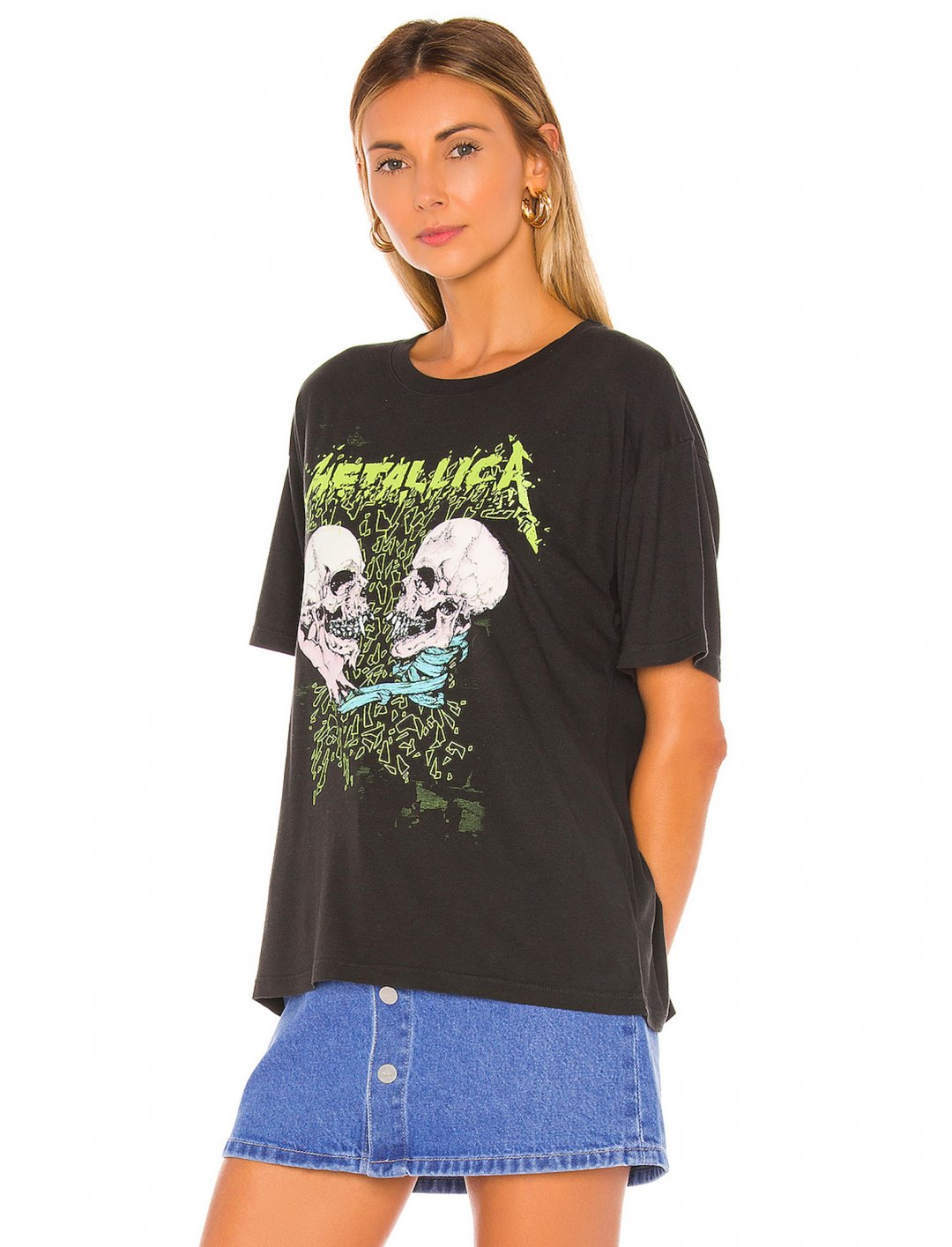 """Metallica Skull T-shirt {""""id"""":5,""""product_section_id"""":1,""""name"""":""""Clothing"""",""""order"""":5} Daydreamer"""