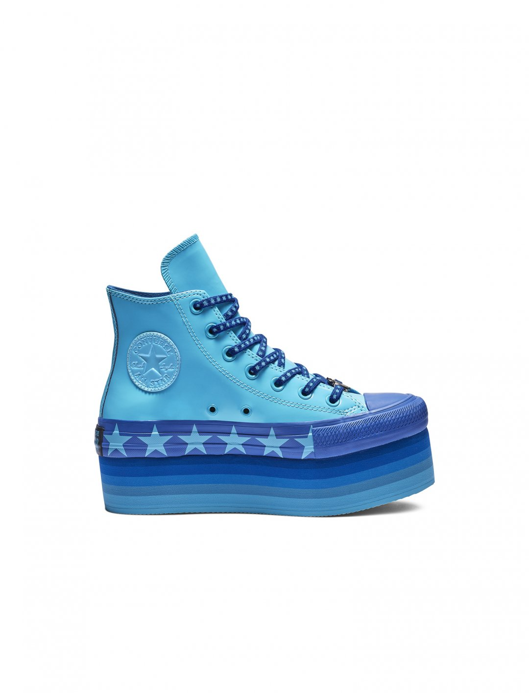 "Platform Trainers {""id"":12,""product_section_id"":1,""name"":""Shoes"",""order"":12} Miley Cyrus x Converse"