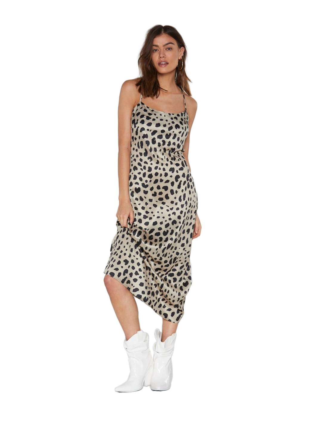 "Slip Dress {""id"":5,""product_section_id"":1,""name"":""Clothing"",""order"":5} Nasty Gal"