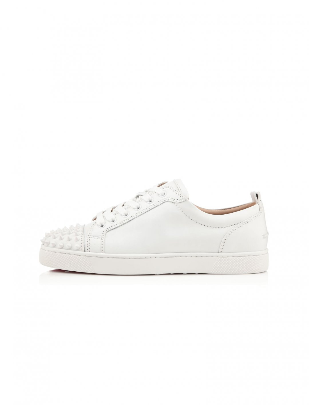 "Sneakers {""id"":5,""product_section_id"":1,""name"":""Clothing"",""order"":5} Christian Louboutin"