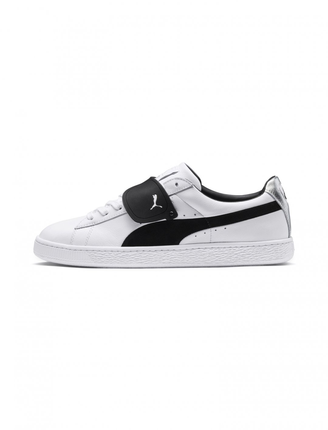 "Suede Sneakers {""id"":12,""product_section_id"":1,""name"":""Shoes"",""order"":12} PUMA x KARL LAGERFELD"