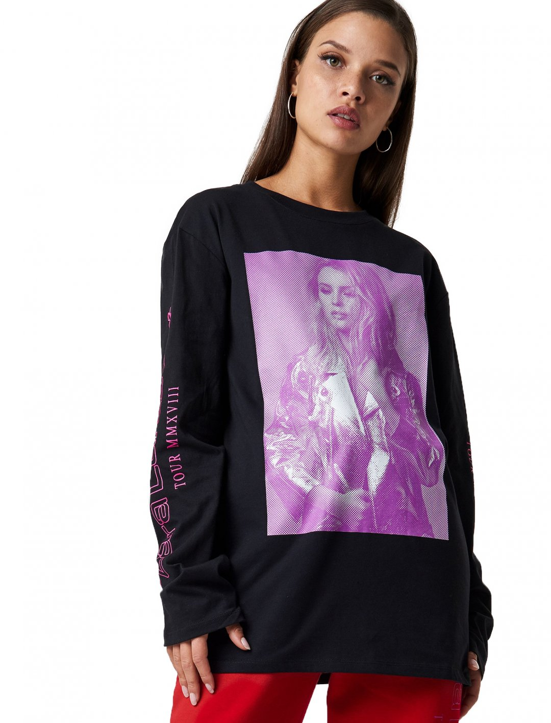 "Tour Unisex Top {""id"":5,""product_section_id"":1,""name"":""Clothing"",""order"":5} Zara Larsson"