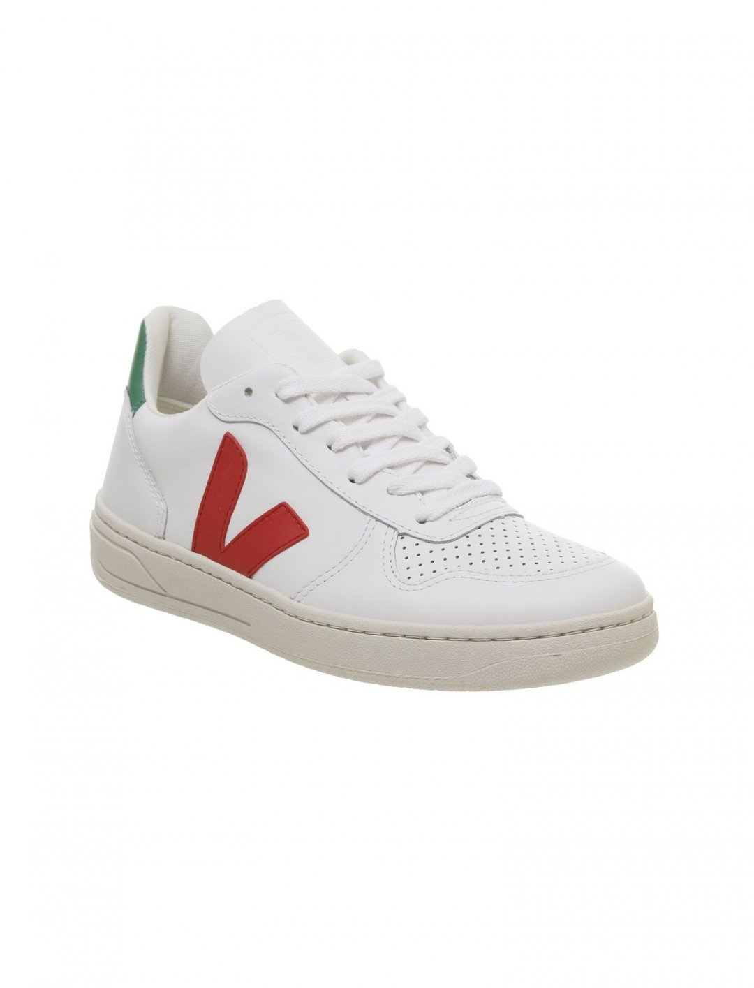 "V10 Trainers {""id"":12,""product_section_id"":1,""name"":""Shoes"",""order"":12} Veja"