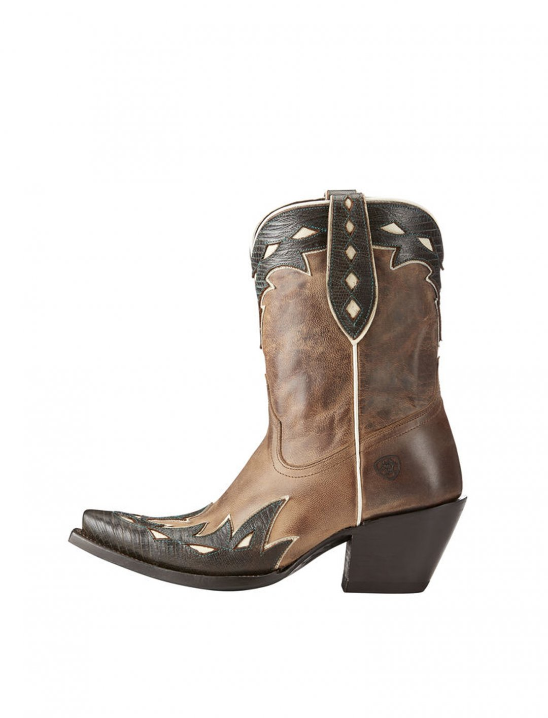 "Western Boots {""id"":12,""product_section_id"":1,""name"":""Shoes"",""order"":12} Ariat"