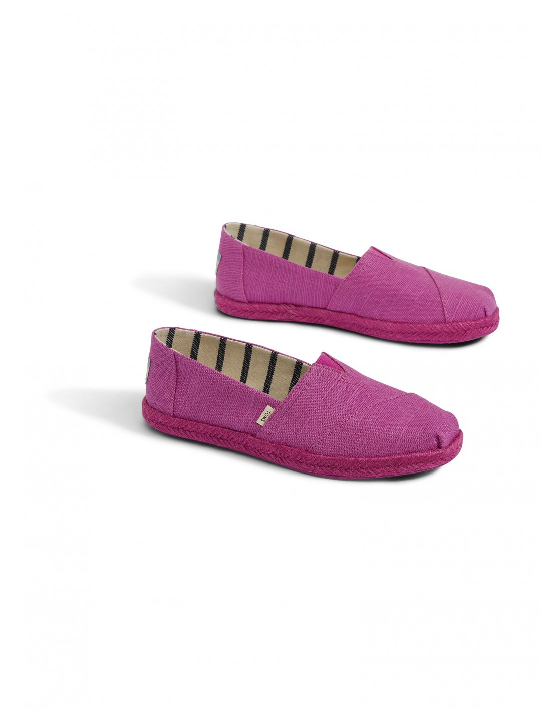 "Women's Espadrilles {""id"":12,""product_section_id"":1,""name"":""Shoes"",""order"":12} Toms"