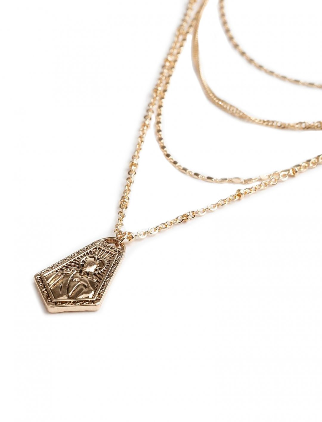 "Charmed Layered Necklace {""id"":16,""product_section_id"":1,""name"":""Accessories"",""order"":15} Freedom"