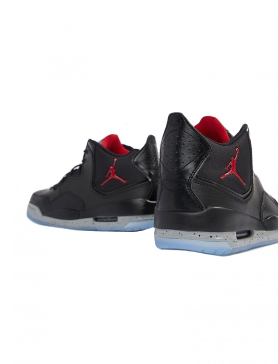 "Courtside 23 Trainers {""id"":12,""product_section_id"":1,""name"":""Shoes"",""order"":12} Nike Jordan"