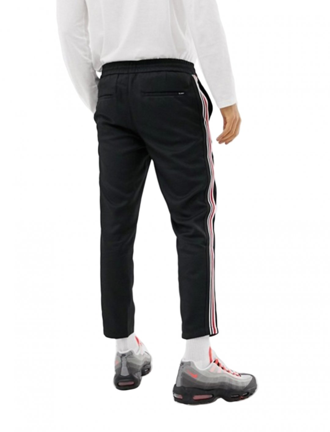 "Joggers With Side Stripe {""id"":5,""product_section_id"":1,""name"":""Clothing"",""order"":5} Pull&Bear"