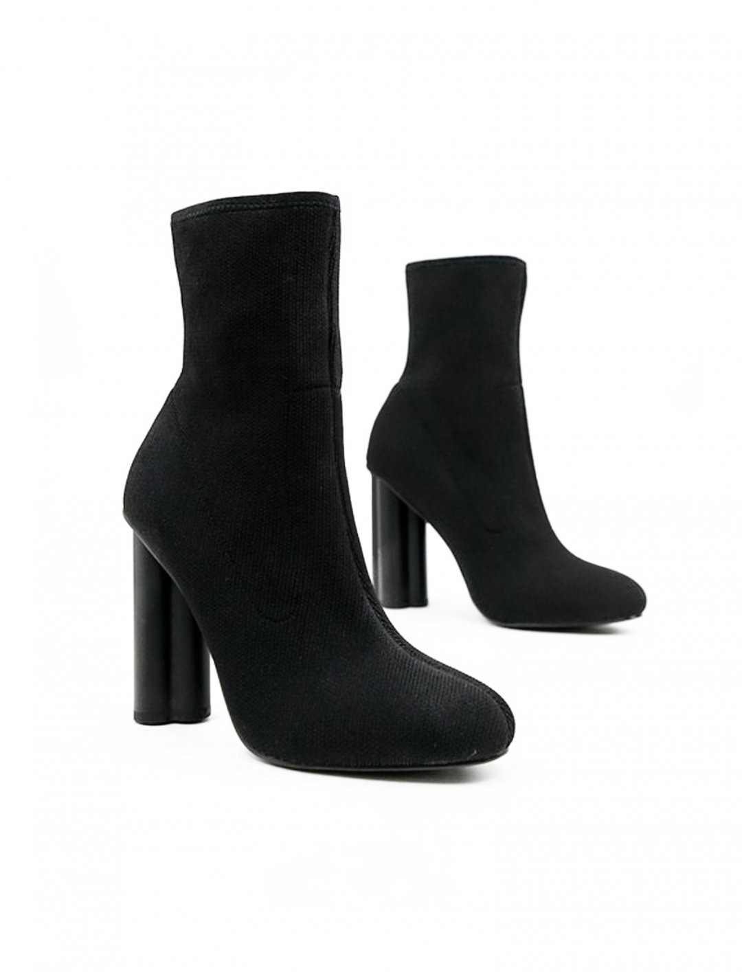 "Sock Boots {""id"":5,""product_section_id"":1,""name"":""Clothing"",""order"":5} Asos Design"
