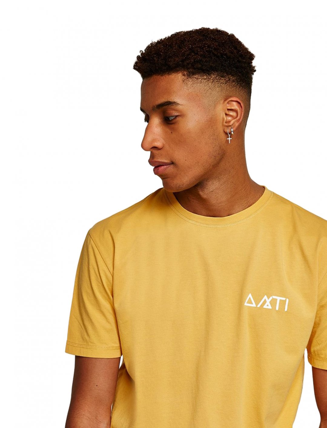 "T-Shirt In Yellow Gold {""id"":5,""product_section_id"":1,""name"":""Clothing"",""order"":5} ANTIOCH"