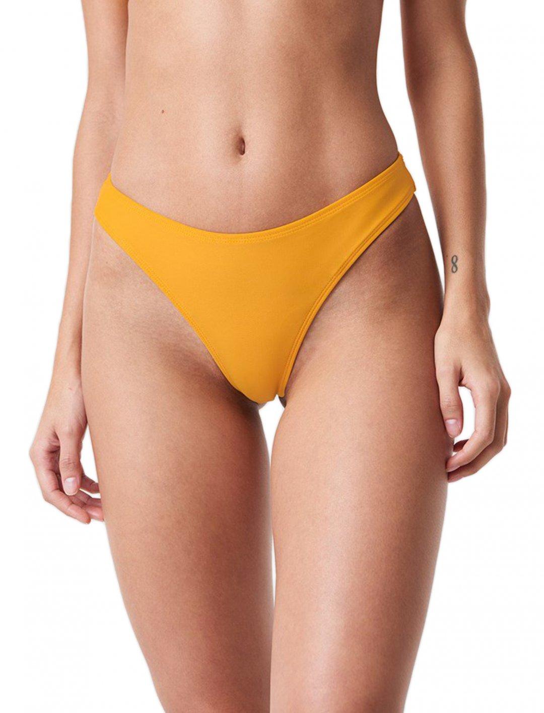 "Bikini Panty {""id"":5,""product_section_id"":1,""name"":""Clothing"",""order"":5} NA-KD"