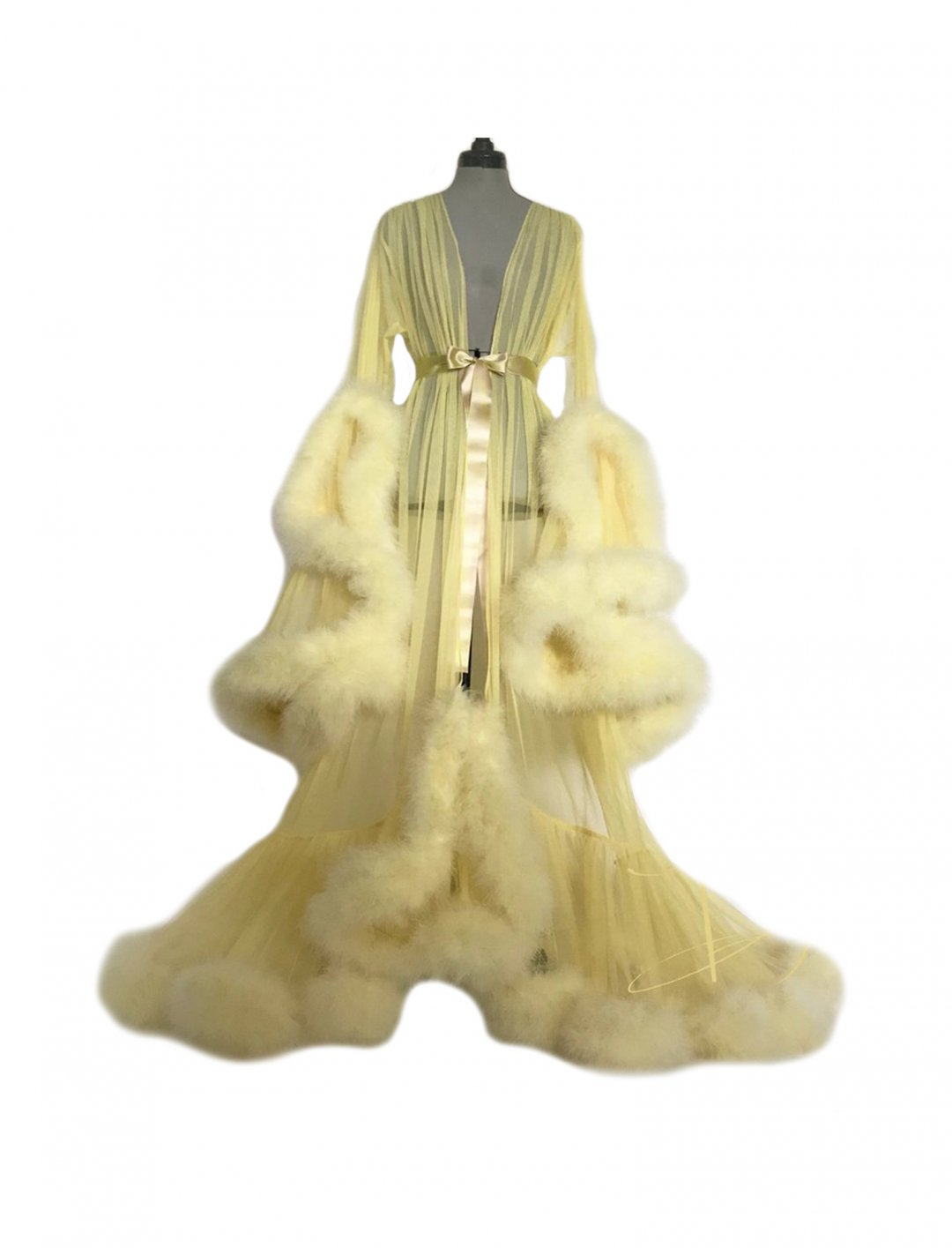 """Zara Larsson's Dressing Gown {""""id"""":5,""""product_section_id"""":1,""""name"""":""""Clothing"""",""""order"""":5} Boudoir by D'Lish"""