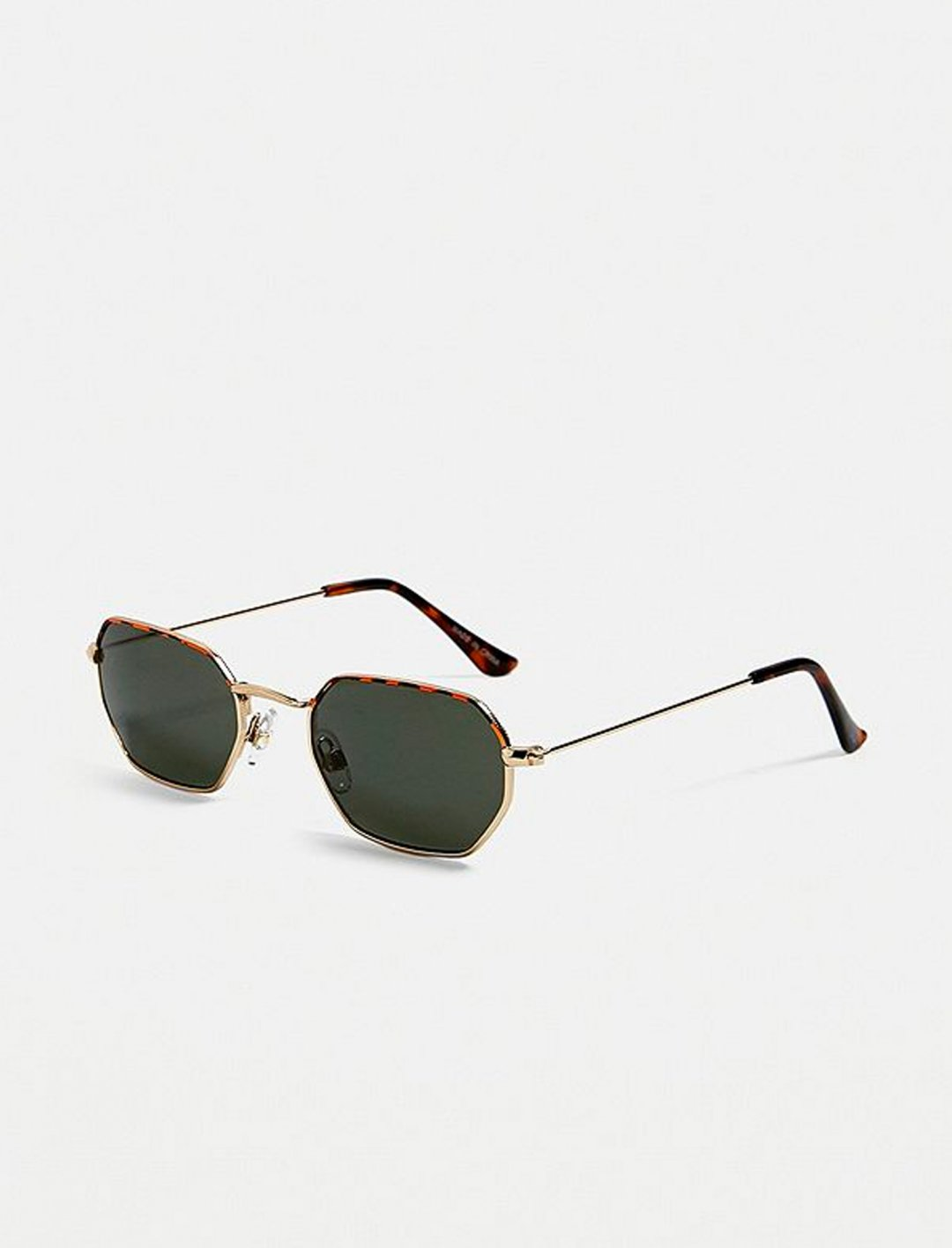 "Hexagonal Sunglasses {""id"":16,""product_section_id"":1,""name"":""Accessories"",""order"":15} Urban Outfitters"