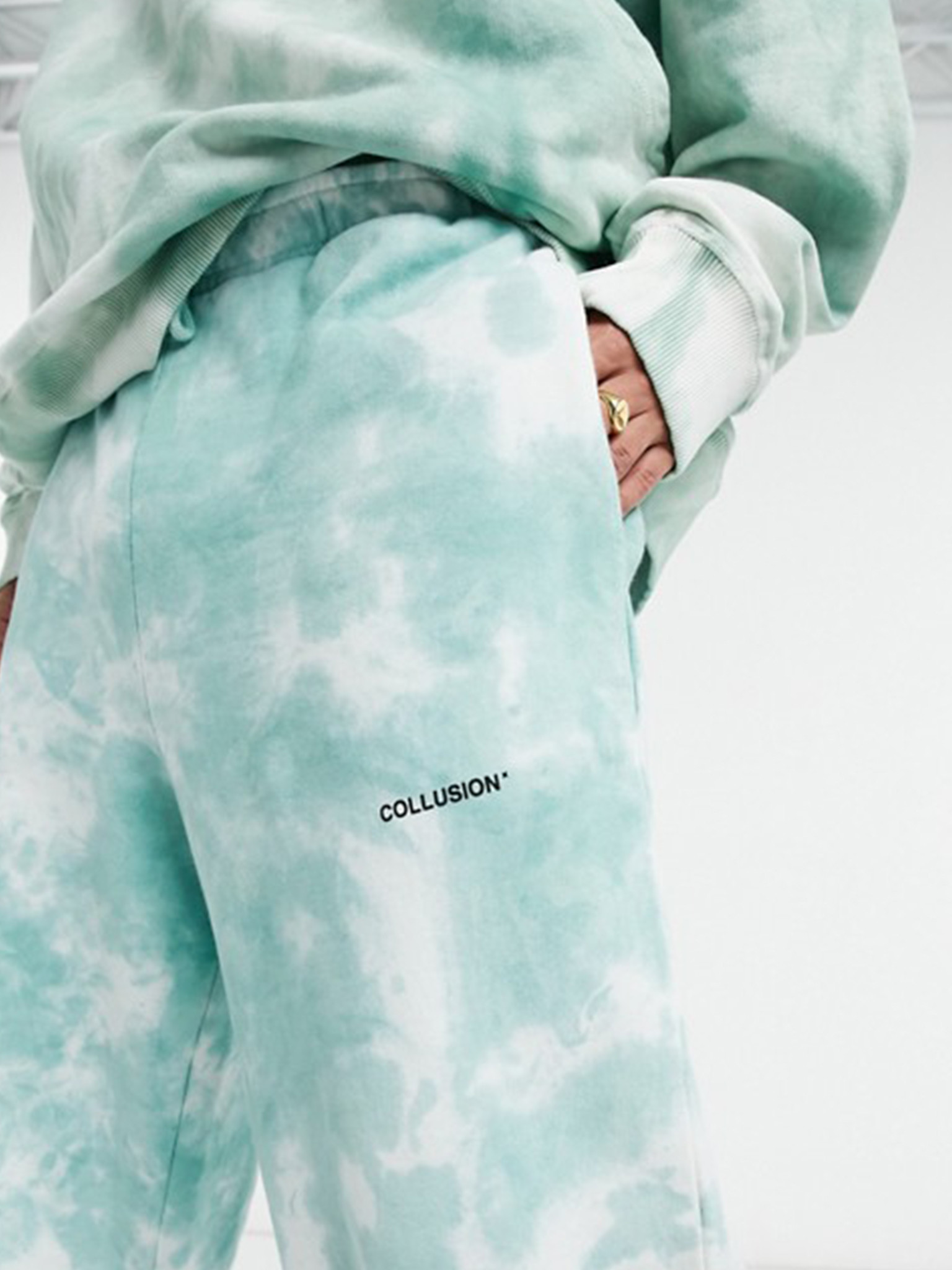 Oversized Joggers In Tie Dye