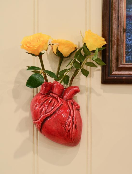 Human Heart Vase - Big Brother 2017