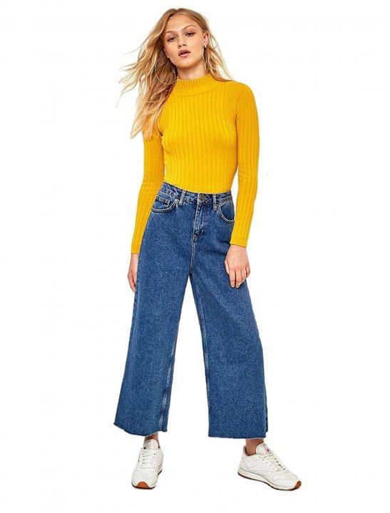 Wide Leg Jeans - Noah Cyrus